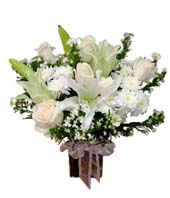 Hong Kong - white roses and modest lilies