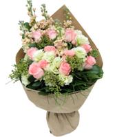 12 Pink Roses Hong Kong